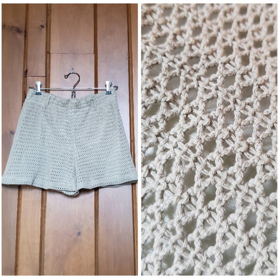 Vintage 90s Knit Shorts // Fully Lined Elastic Wai
