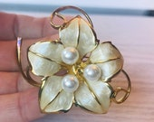Large Vintage Enamel Faux Pearl Lily of the Valley Brooch Flower Brooch Pin Lily of the valley jewelry Sister in Law Wedding Gift