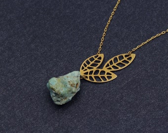 Leaves and stone necklace