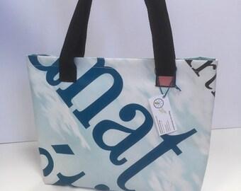 Small bag bag in solidarity