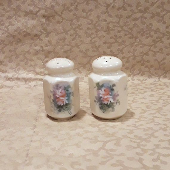 1912 Antique Salt /& Pepper Shaker Set of 3