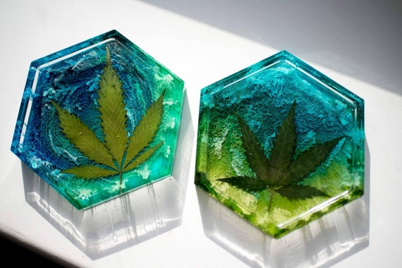 custom gift for pot lovers Pot Leaf 420 Trinket Tray Resin Ash Tray Weed Dish multiple colour options