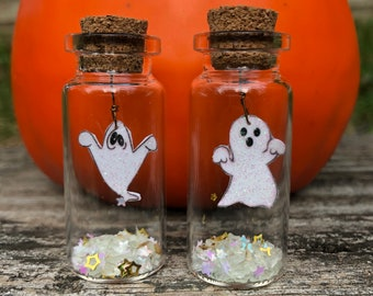 Adopt a Pet Ghost / Halloween Gift / Unique Ghost Story / Ghost in a Bottle / Glow in the Dark Ghost