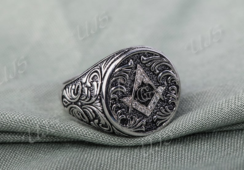 Sterling silver celtic men ring solid 925,Ring With Name initials On It,Biker Ring,Dapper Ring,Present For Him,gift For Father,Brother