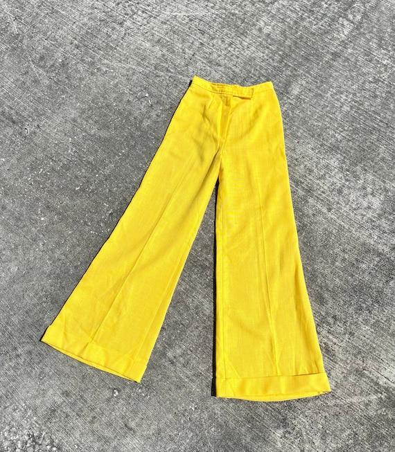 Vintage 70's yellow bell bottom pants // 70's fla… - image 1