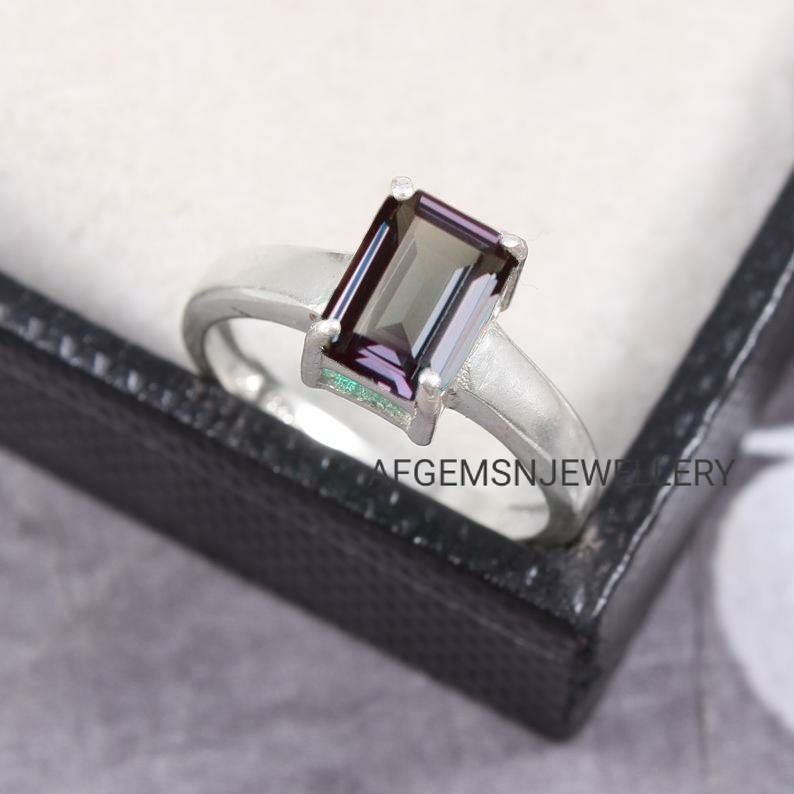 Emerald Cut Alexandrite Ring Promise Ring June Birthstone Ring Alex Gemstone Ring 925 Sterling Silver Ring Color Changing Gems
