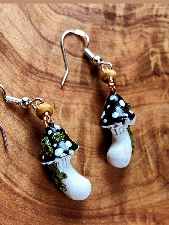Cottagecore Goblincore Lampwork Jewelry 14K Gold Plated Toadstools Quartz Forest Fairy Honey Bee Mushroom Earrings w Tiny Black Pearls