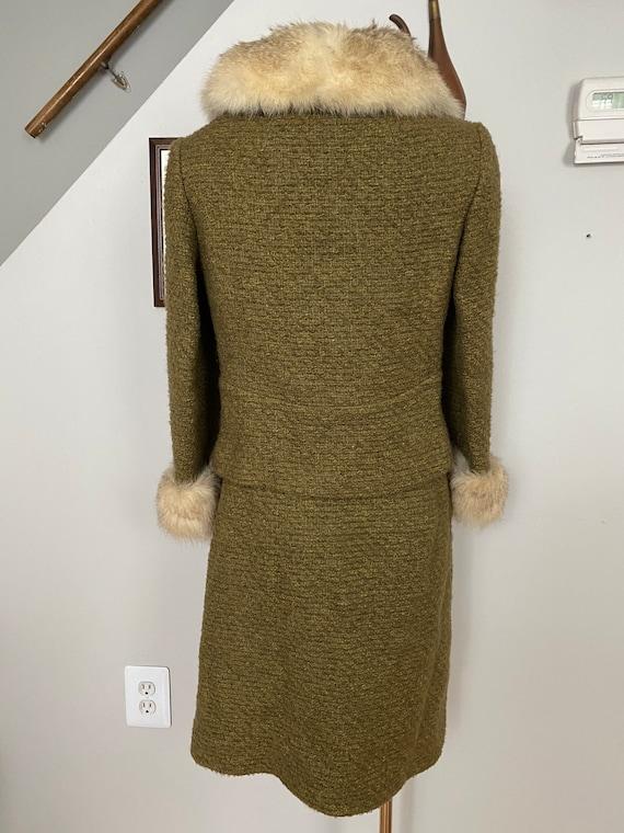 Vintage Bonwit Teller wool and fur skirt suit - image 4