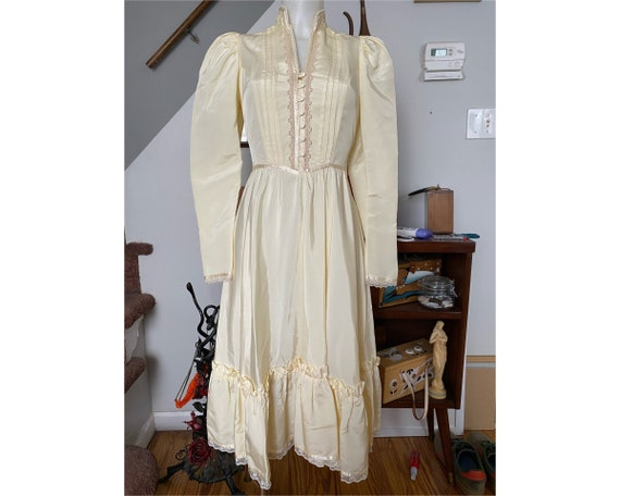 Vintage 1970's Gunne Sax prairie dress