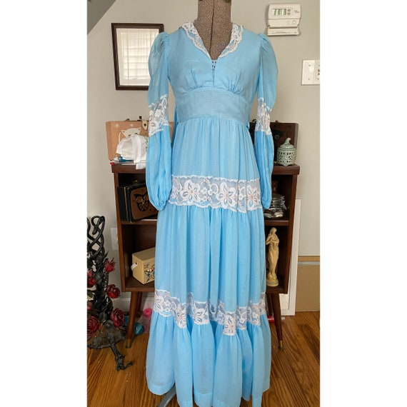 Vintage unlabeled Gunne Sax style prairie dress