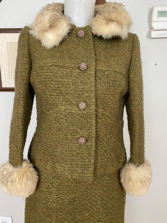 Vintage Bonwit Teller wool and fur skirt suit - image 3