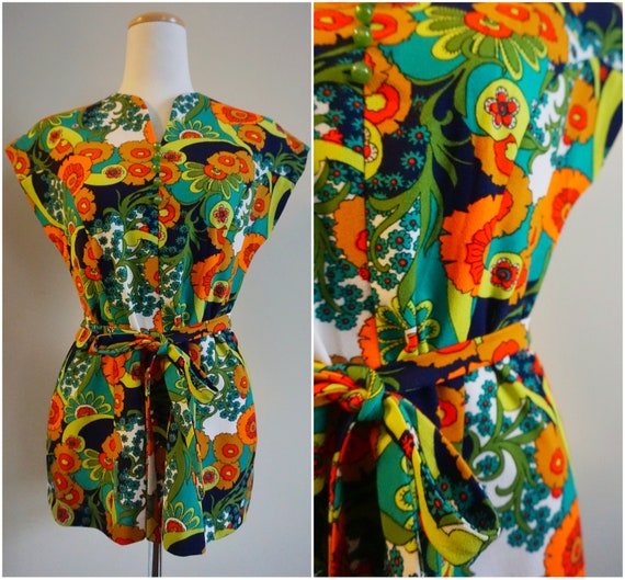 Psychedelic Print 1960s Top with Belt | 1960s Tuni