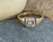 Stunning antique 18kt gold and Old cut diamond ring, size L. 5