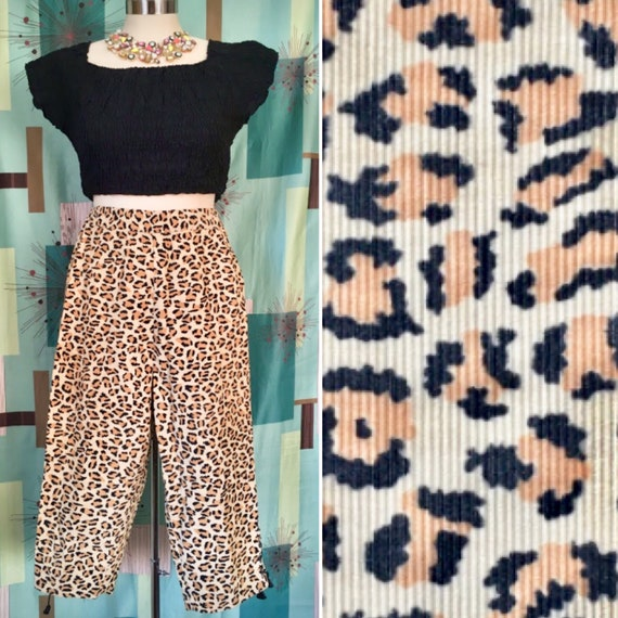 SASSY ~ 50s Leopard Print CORDUROY Pedal Pushers/C