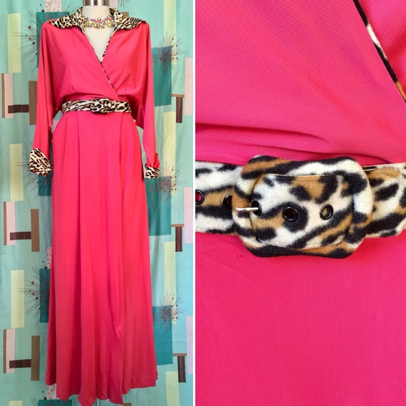 TOUCH OF LEOPARD ~ 50s Lounge Robe/Gown with Fuzzy