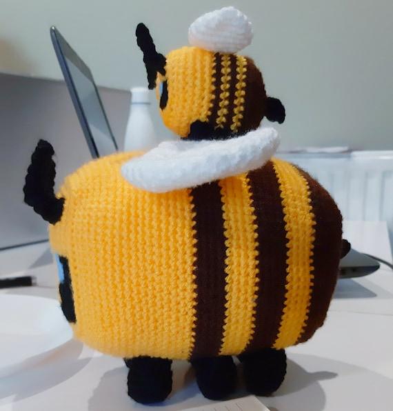 Felted Minecraft bee