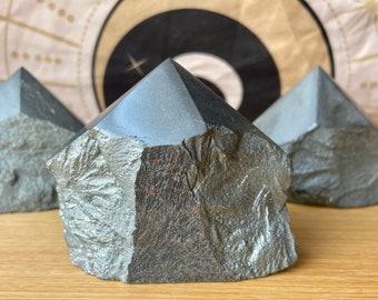 Hematite Crystal Points, Hematite Chunks, Large Hematite Crystals, Protection Grounding Stones, Altar Reiki, Tools Gift, Gemstone Home Decor