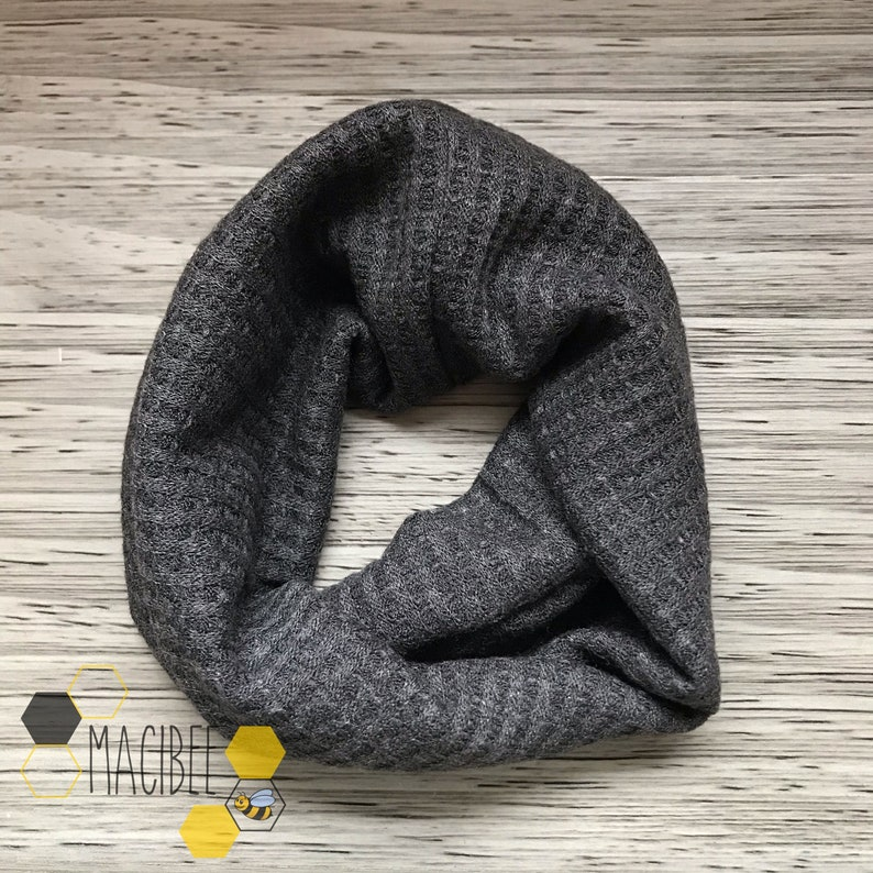 Toddler 5T. CHARCOAL WAFFLE SCARF Baby 6 months