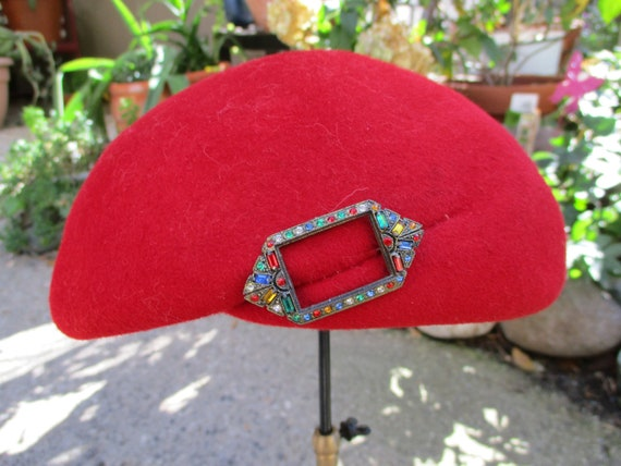 1940's Red Felt Beret Style Hat