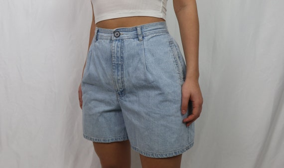 light blue denim shorts / vintage jean shorts / hi