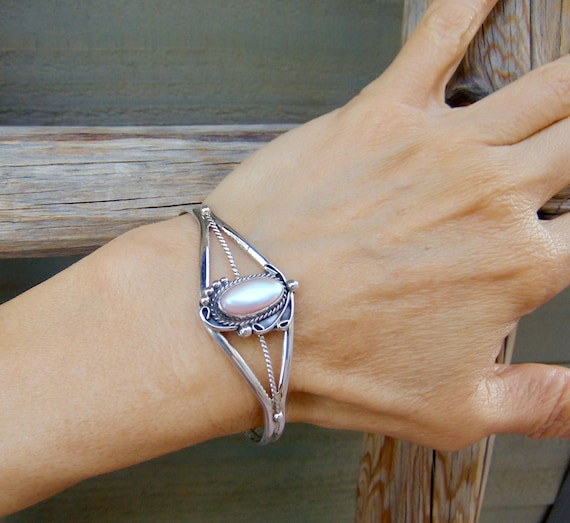 Native American Navajo Silver Mussel Shell Bracele