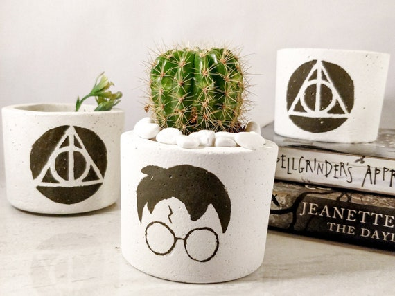 Harry Potter Green Deathly Hallows Style Pot Holder