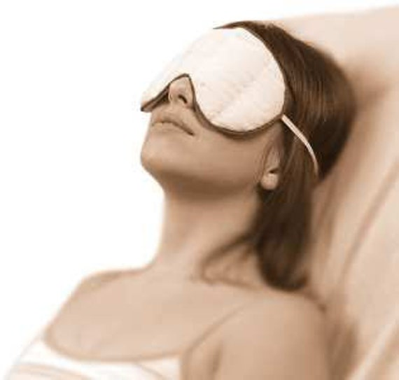 Excellent Service for clients Herbal EYE Treatment Love Spa Gentle with Eyebright, reduce dark circles, puffiness