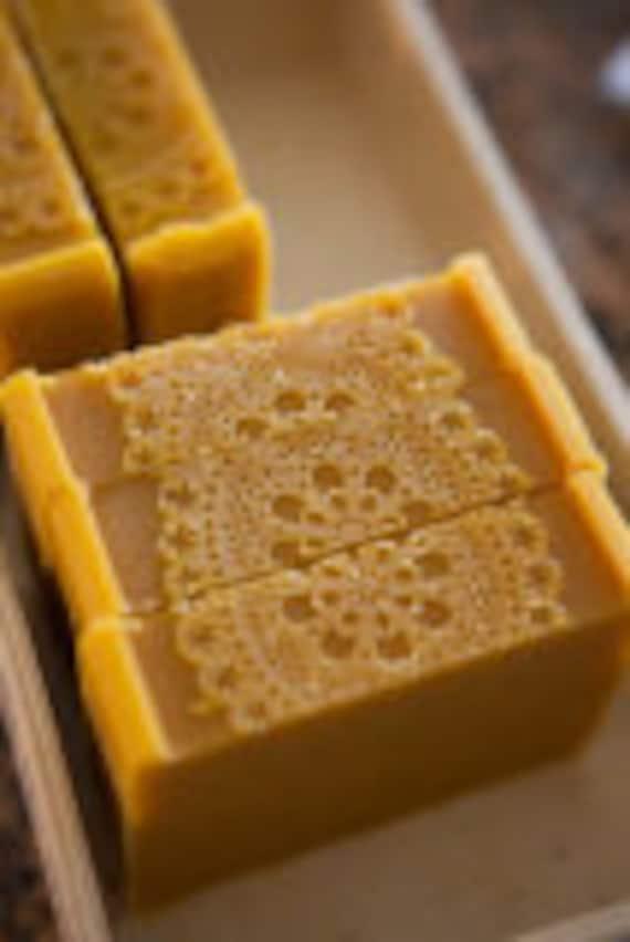 YONI SOAP Best Yoni Cleaning Bar YoniGold PH Balanced Cleansing Bar