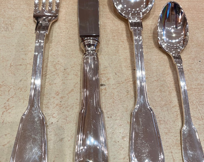 Silver metal housewife 49 pieces Filet
