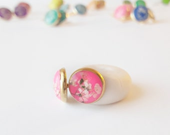 Bright pink and gold real flower stud earring, tiny lace flower jewelry, natural floral fashion, classic style earring, everyday accessory