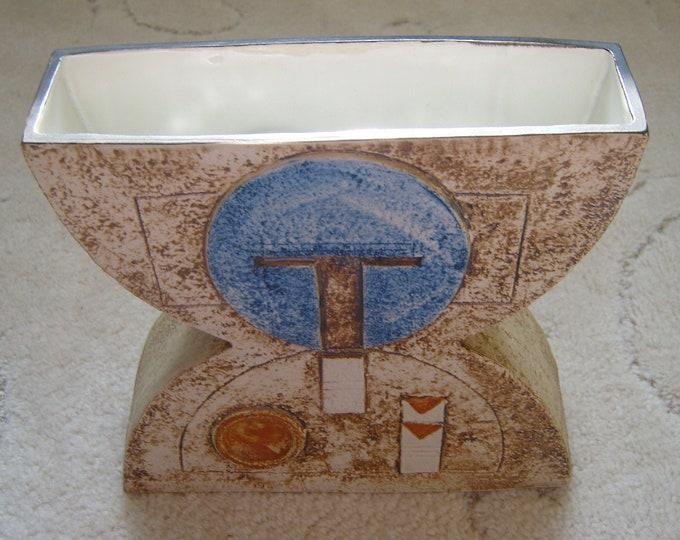 Troika Anvil Vase (173)
