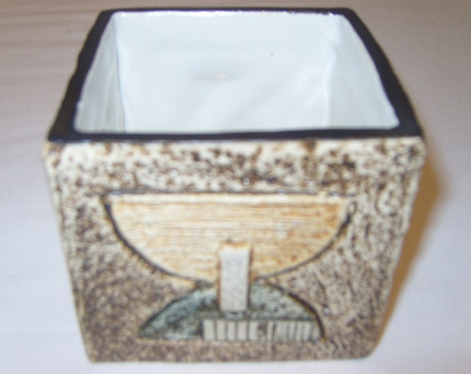 Troika Cube Vase (201)