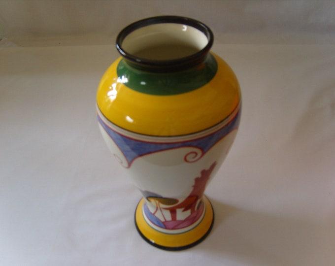 Clarice Cliff 'Bizarre' Summer House Vase (309)