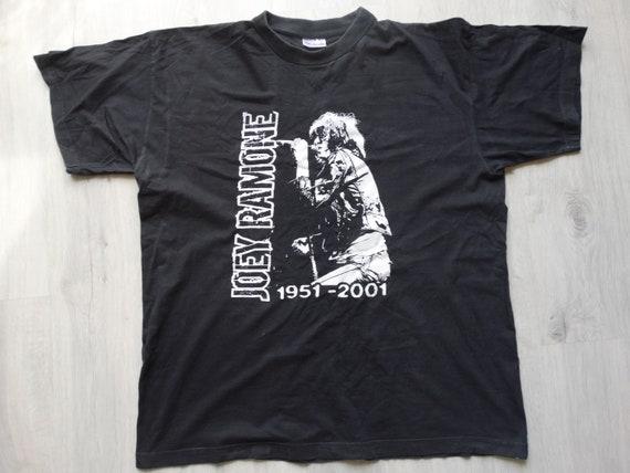 Vintage rare rip Joey Ramone 2001 punk t shirt Bla