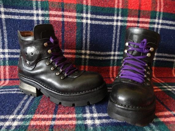 New Rock 90's womens Vintage Gotic Platform Boots/