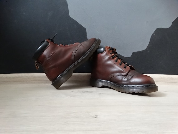 Vintage 90s Leather Womens brown Dr Martens 1460 ,