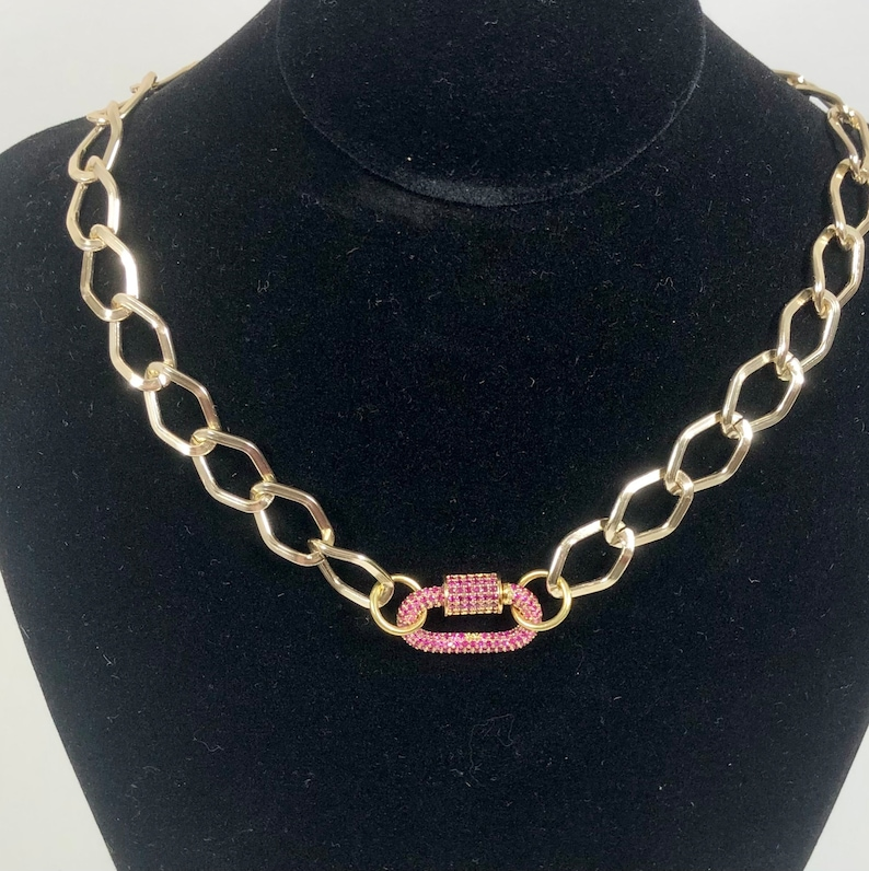Large chain choker necklace strassed screw musket clasp gold-coloured anodized aluminium