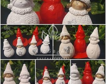 NL001094 Latex Mould Knitting Girl Wichtel 2 Variantem Casting Mould Winter Christmas