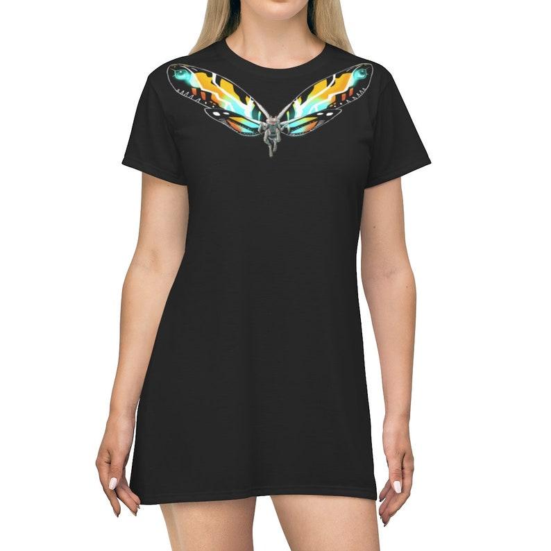 Queen T-shirt Dress