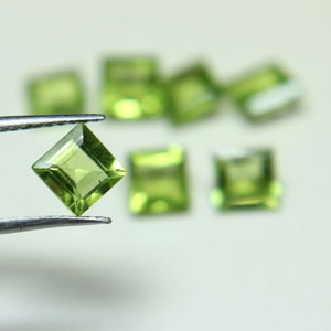 Natural Arizona Green Peridot 5.75 Ct Certified Oval Cut Ring Use Gemstone
