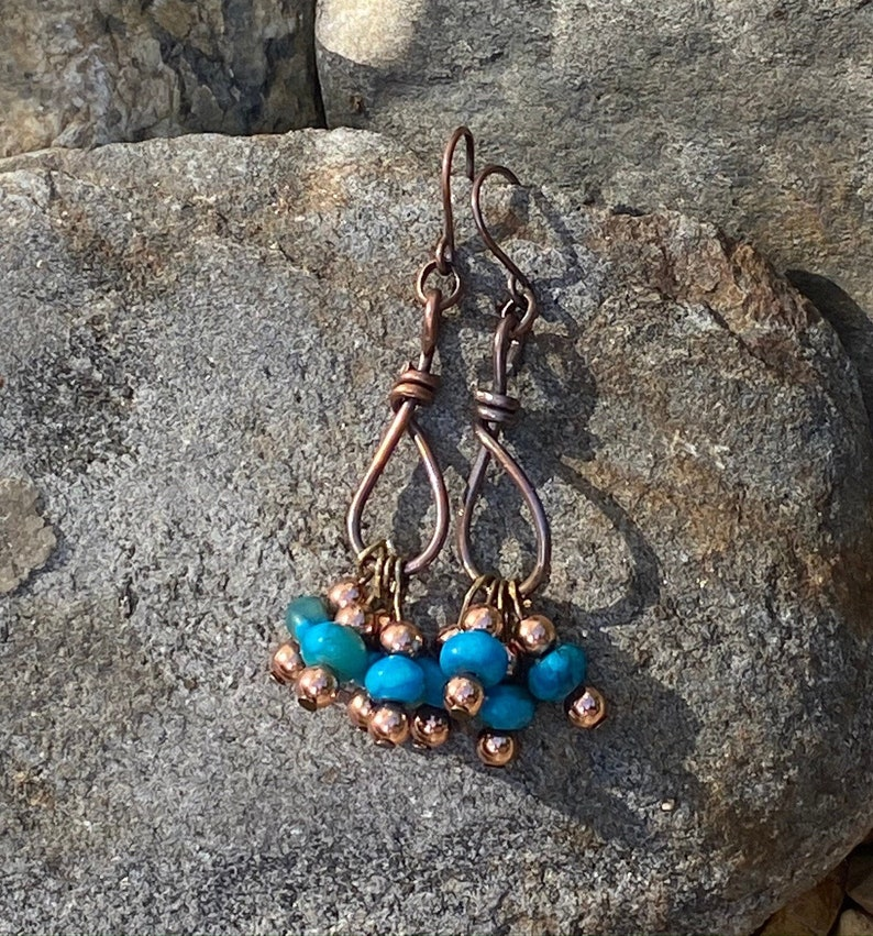 Antique Copper Wire Wrapped Southwest Style Hangman/'s Noose Earrings the perfect Mother/'s Day Gift. Dyed Howlite Boho Dangle Earrings