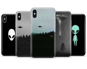 b4a7c19ed9 Alien iphone case | Etsy