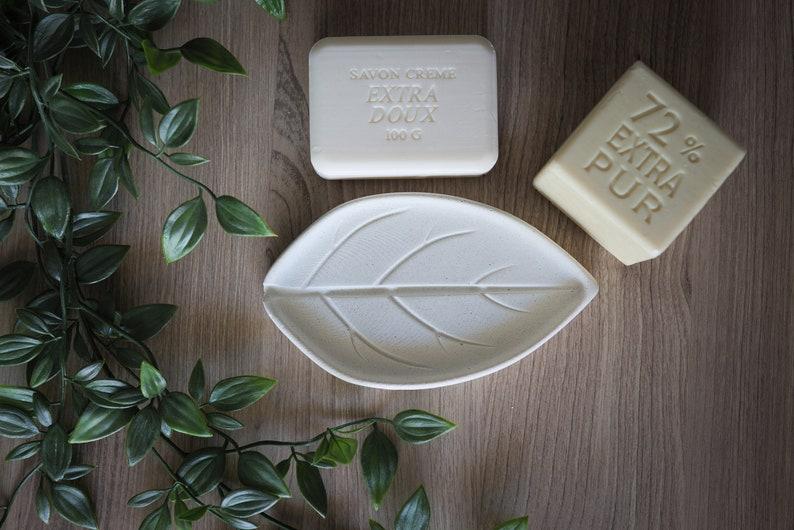 Concrete soap dish / Bathroom Accessory image 0