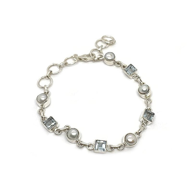 Glee Blue Topaz Pearl Bracelet