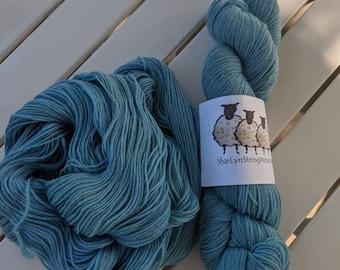 SEA FOAM Hand dyed yarn