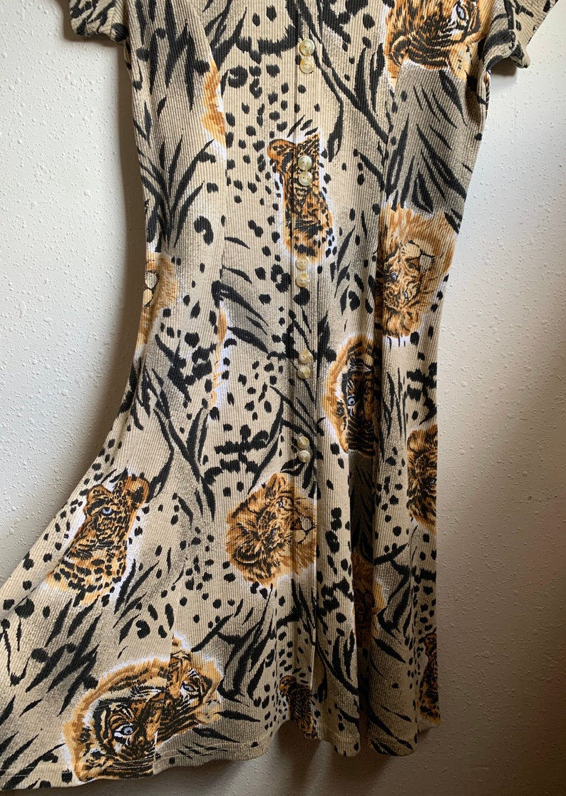 Vintage Leopard Print Dress Size  Large.
