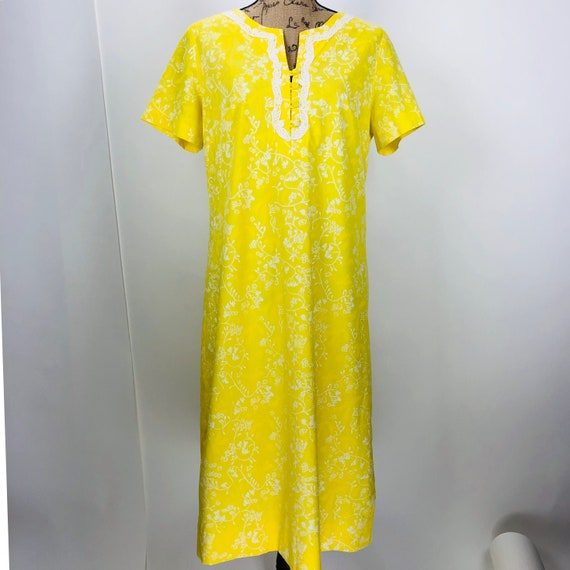 """VINTAGE Lilly Pulitzer """"THE LILLY"""" Kaftan Tunic Sh"""