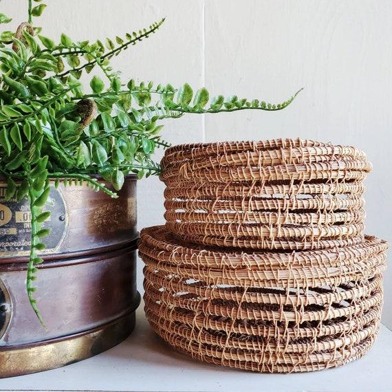 Set of 2 lidded baskets. Pair of trinket baskets. Bookshelf decor or jewelry basket.