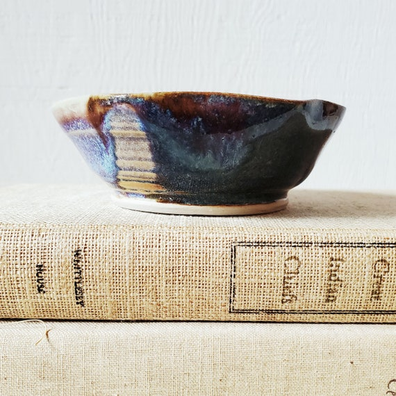 Sweet little pottery bowl. Studio pottery catch-all for keys or change. Berry bowl.