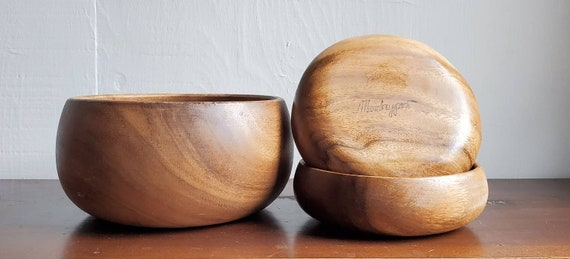 Wood serving bowl and two salad bowls. Three piece set of vintage wooden bowls.